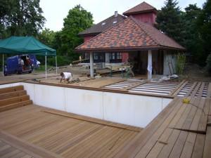 Réalisation d'une piscine à fond mobile en Haute-Savoie - Eric Ginollin